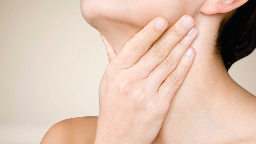 лечение на възпалено гърло с оцет