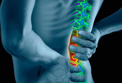 натоварванията може да причинят болки в кръста