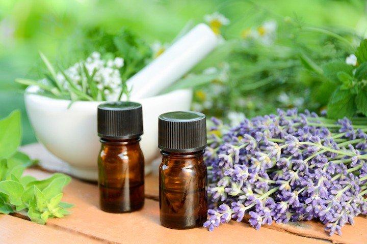 лечение на болестта на Алцхаймер с лавандулово масло