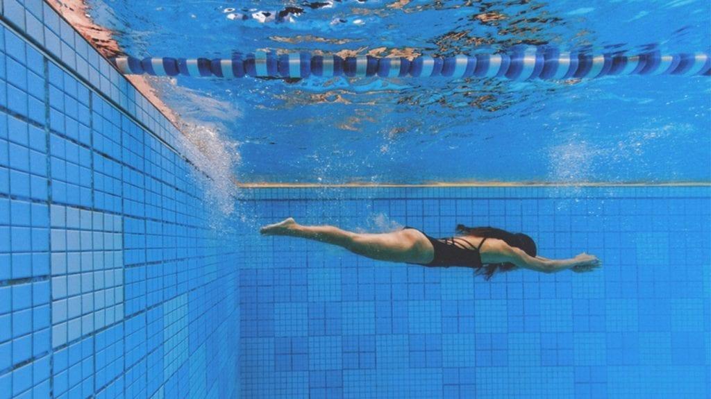 историята-на-плуването-1296x728