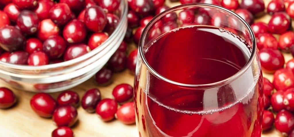 15 ползи от червена боровинка