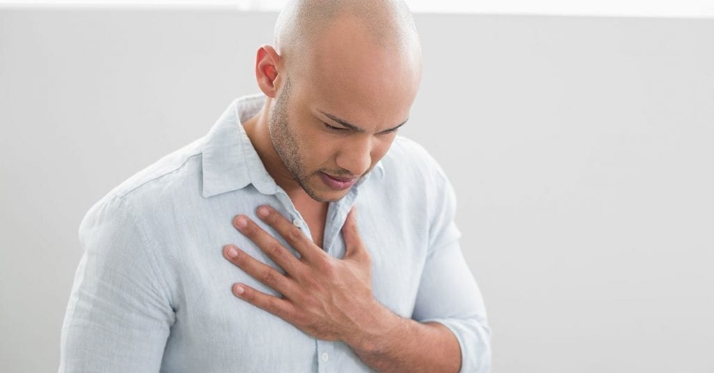стягане-в-гърдите-10-причини