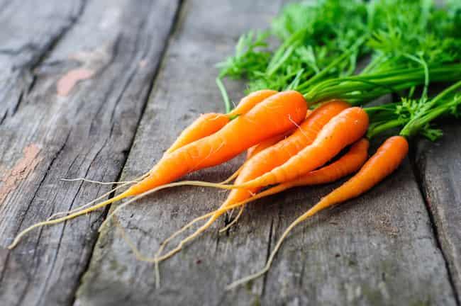 10-ползи-от-Морковите-лечебни-свойства-противопоказания