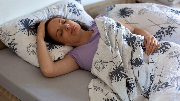 Какво се крие зад безсънието и нощно изпотяване